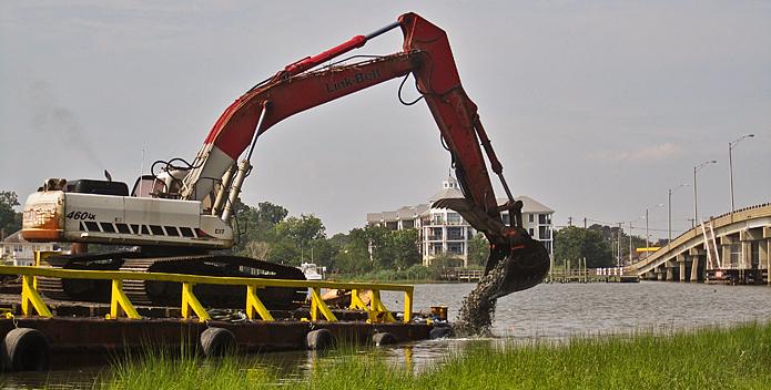 Oyster-reef-contruction-lafayette-river_ElizabethRiverProject_695x352.jpg