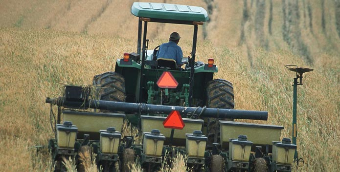 no-till-farmers-nrcs-virginia-agriculture-progress_695x352.jpg